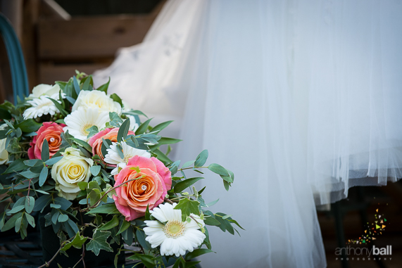 Gloucestershire-Wedding-Photographer-Coral Roses