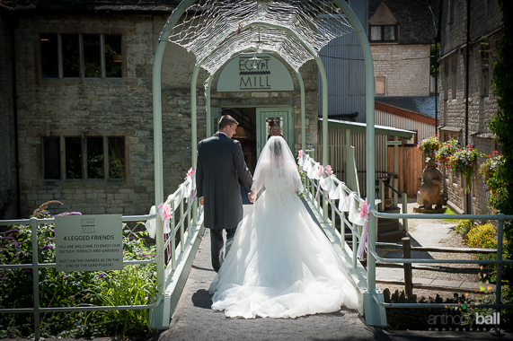 Gloucestershire-Wedding-Photographer-20